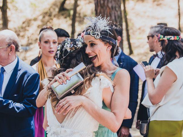 La boda de Manuel y Miriam en Valdemorillo, Madrid 26