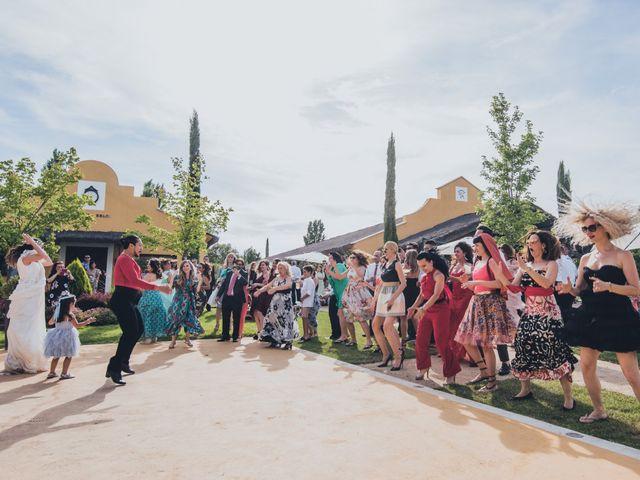 La boda de Manuel y Miriam en Valdemorillo, Madrid 54