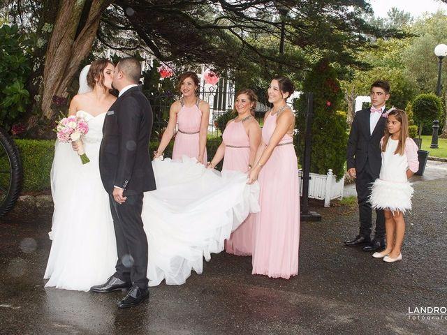 La boda de Eloy y Estibaliz en Capela (Capela, A), A Coruña 25