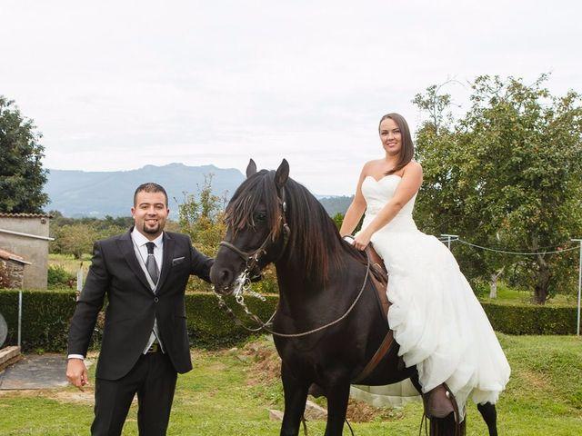 La boda de Eloy y Estibaliz en Capela (Capela, A), A Coruña 42