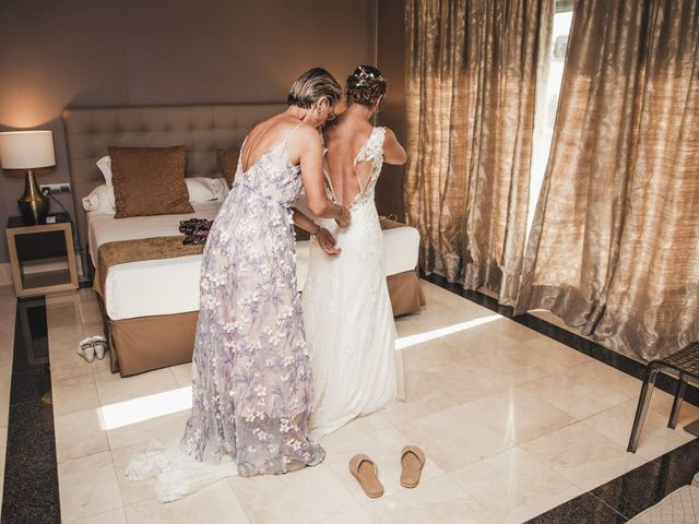 La boda de Vanesa y Oscar en Benalmadena Costa, Málaga 33