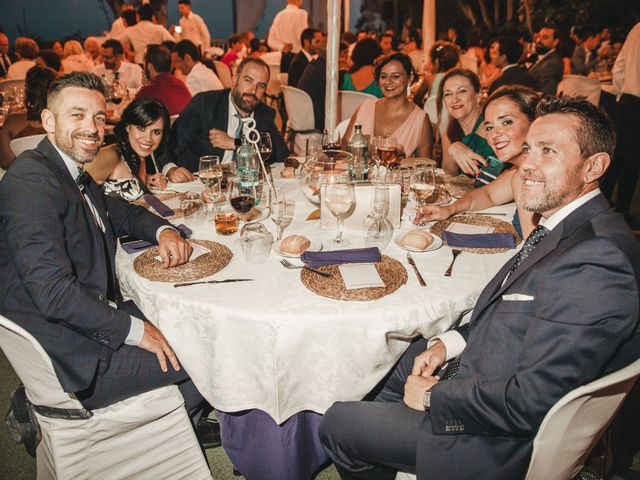 La boda de Vanesa y Oscar en Benalmadena Costa, Málaga 106