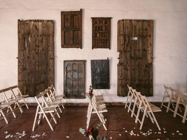 La boda de Curro y Shireen en Alcala De Guadaira, Sevilla 4
