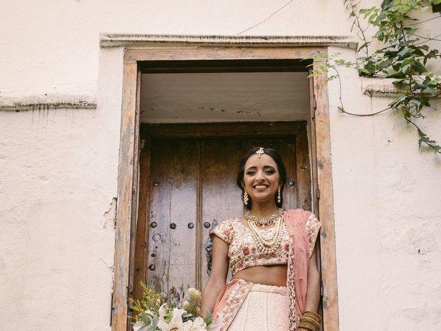La boda de Curro y Shireen en Alcala De Guadaira, Sevilla 13