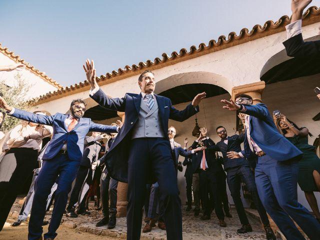 La boda de Curro y Shireen en Alcala De Guadaira, Sevilla 16