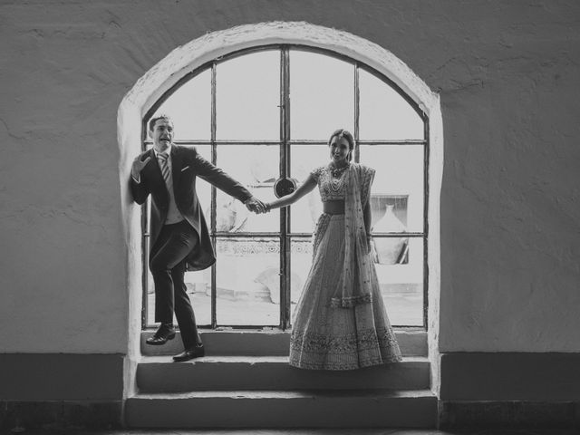 La boda de Curro y Shireen en Alcala De Guadaira, Sevilla 31