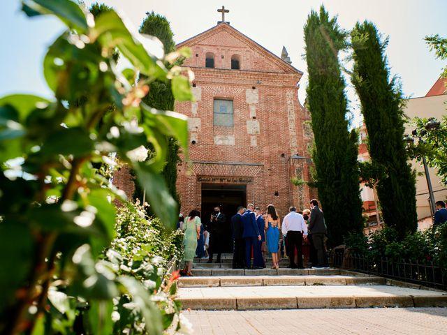 La boda de Irene y Francisco en Madrid, Madrid 27