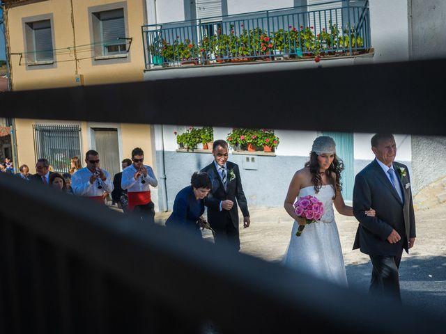 La boda de Fernando y Elena en Barco De Avila, Ávila 27