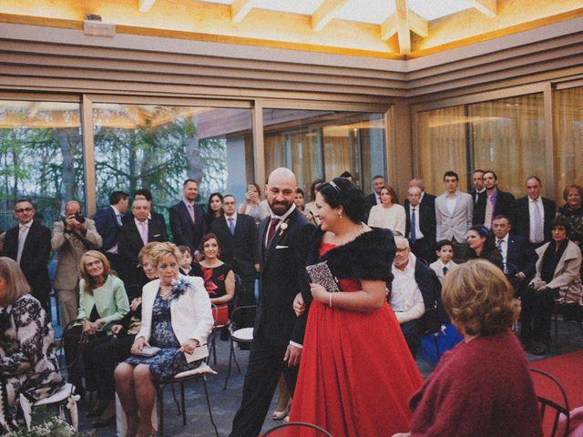 La boda de Miguel y Silvia en La Manjoya, Asturias 29