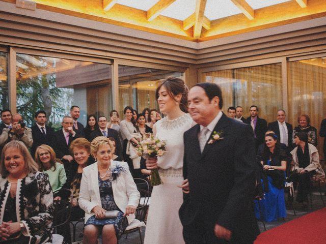 La boda de Miguel y Silvia en La Manjoya, Asturias 30