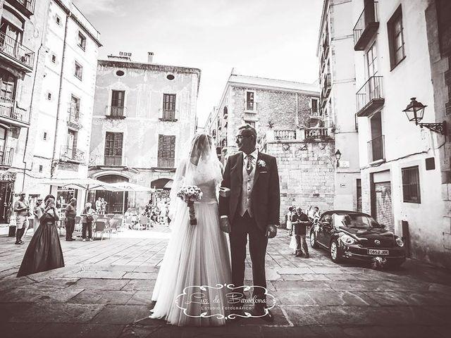 La boda de Jonathan y Lorena en Barcelona, Barcelona 16