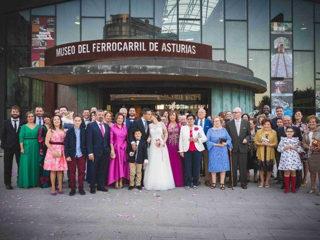 La boda de Victor y Alejandra en Gijón, Asturias 174