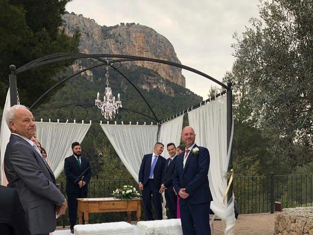 La boda de Càndia y Roberto  en Alaro, Islas Baleares 7