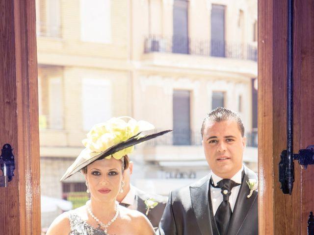 La boda de Sele y Lorena en Albal, Valencia 7