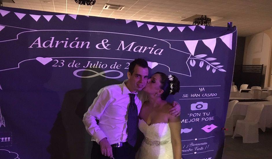 La boda de Adrián y María en Huelva, Huelva
