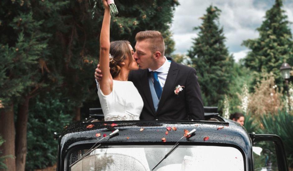 La boda de Alberto y Sarai en Bentraces, Orense