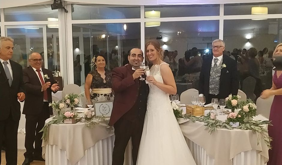 La boda de Raúl y María en El Puig, Valencia