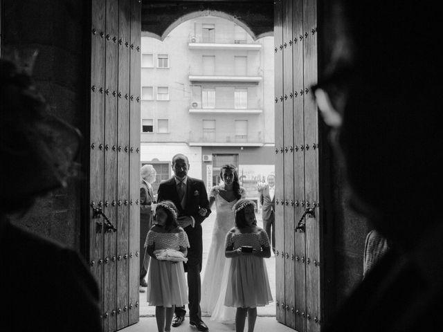 La boda de Pedro y Mercedes en Mérida, Badajoz 29