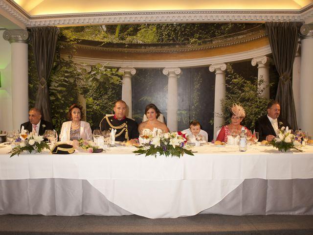 La boda de Julián y Soledad en Tarazona De La Mancha, Albacete 24