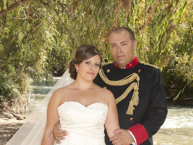 La boda de Julián y Soledad en Tarazona De La Mancha, Albacete 21