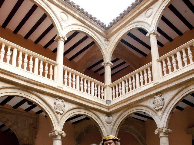 La boda de Julián y Soledad en Tarazona De La Mancha, Albacete 29