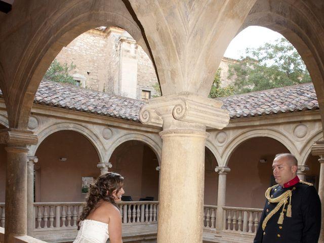 La boda de Julián y Soledad en Tarazona De La Mancha, Albacete 32