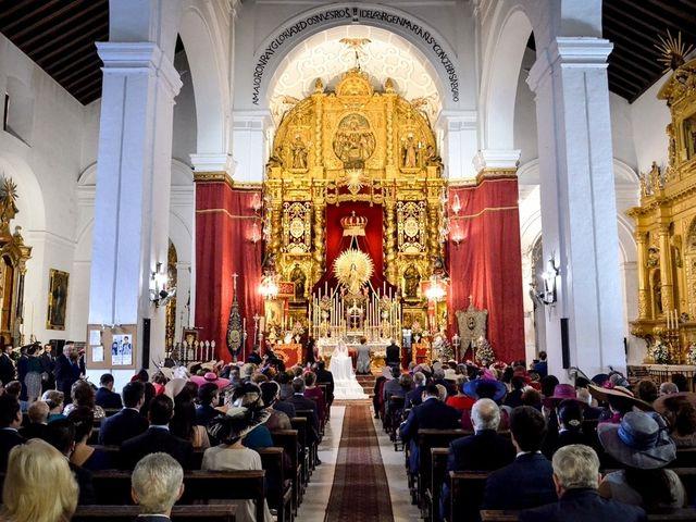 La boda de Manuel y Mª Jesús en Carmona, Sevilla 76
