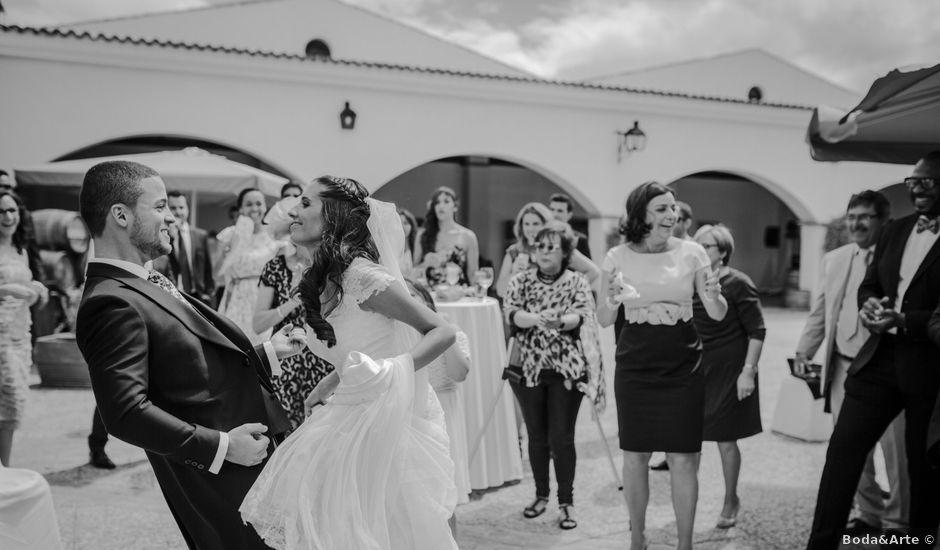 La boda de Pedro y Mercedes en Mérida, Badajoz