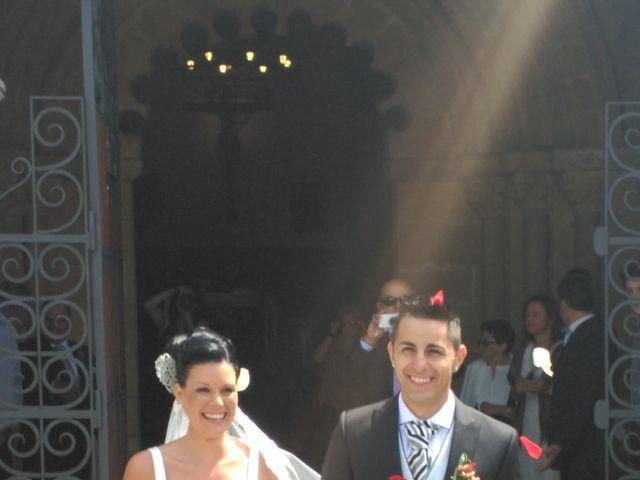 La boda de JAVI y VERO en Gijón, Asturias 5