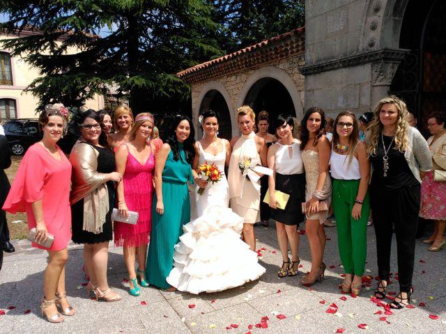 La boda de JAVI y VERO en Gijón, Asturias 1