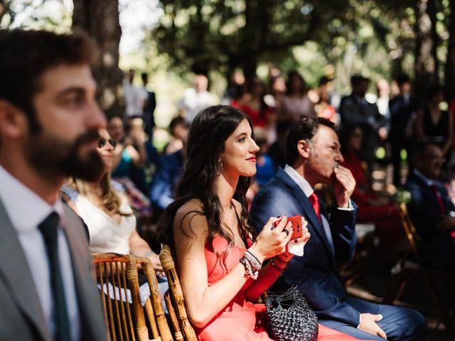 La boda de Carlos y Itziar en Valdemorillo, Madrid 61