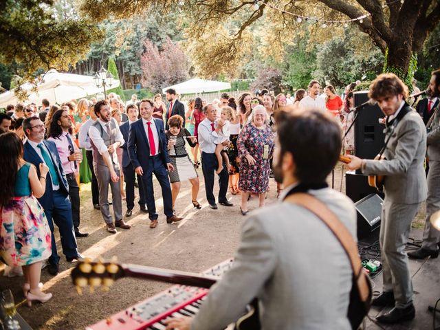 La boda de Carlos y Itziar en Valdemorillo, Madrid 152