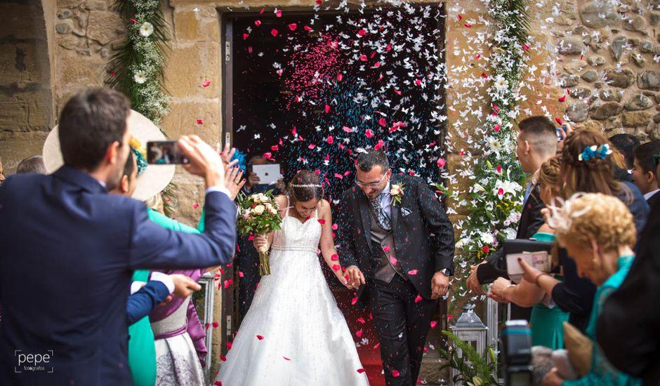 La boda de Omar y Davinia  en Santo Domingo De La Calzada, La Rioja