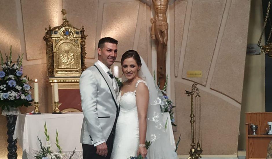 La boda de Antonio y Nerina en El Ejido, Almería