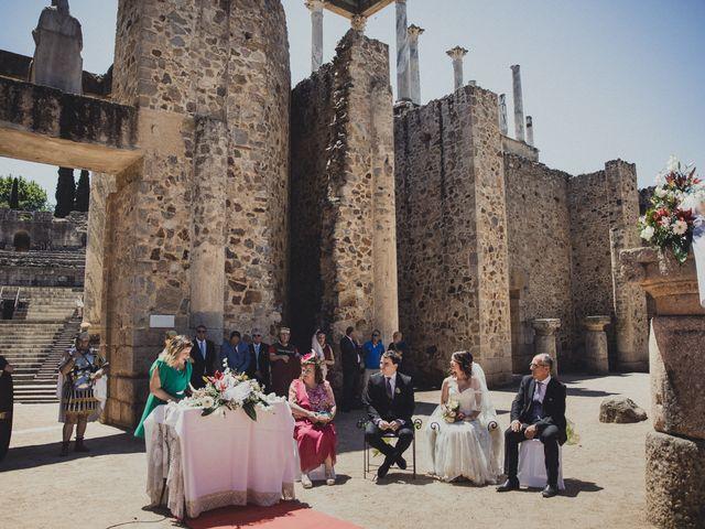 La boda de Aritz y Vanessa en Mérida, Badajoz 39