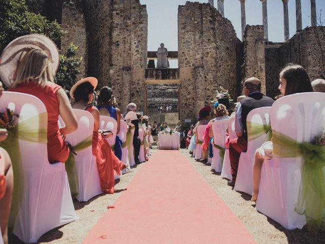La boda de Aritz y Vanessa en Mérida, Badajoz 40