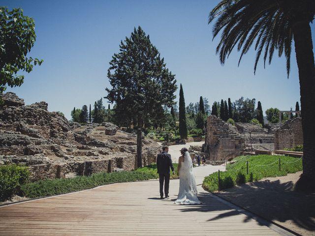 La boda de Aritz y Vanessa en Mérida, Badajoz 47