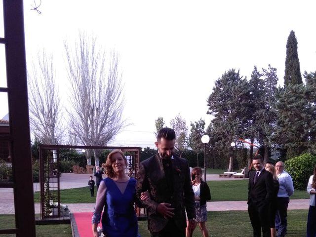 La boda de Emilio y Sheila  en Chiva, Valencia 16