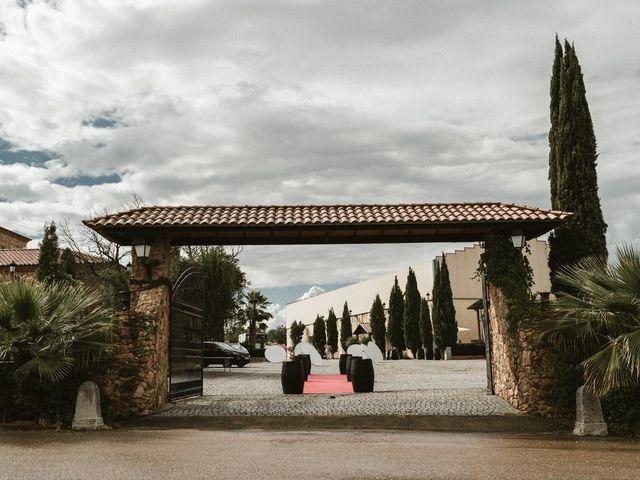 La boda de Hernán y Inés en Olivenza, Badajoz 17