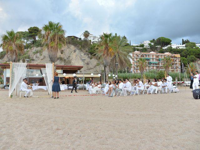 La boda de Javier y Diana en Canet De Mar, Barcelona 19