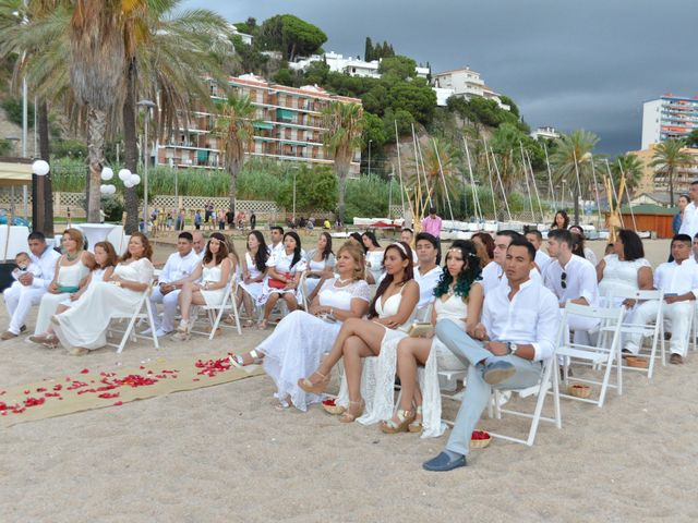La boda de Javier y Diana en Canet De Mar, Barcelona 21