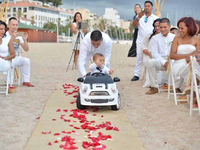 La boda de Javier y Diana en Canet De Mar, Barcelona 30
