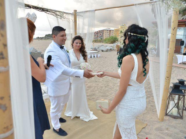La boda de Javier y Diana en Canet De Mar, Barcelona 33