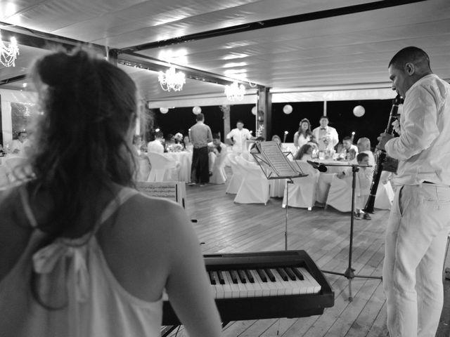 La boda de Javier y Diana en Canet De Mar, Barcelona 75