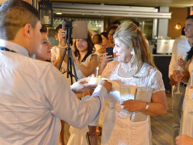 La boda de Javier y Diana en Canet De Mar, Barcelona 93