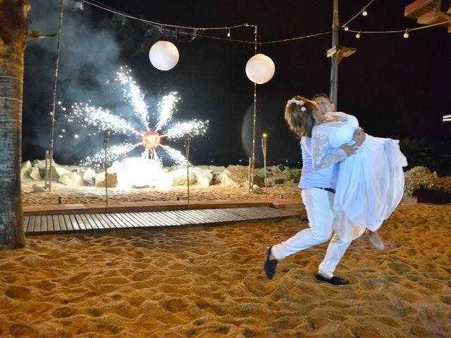 La boda de Javier y Diana en Canet De Mar, Barcelona 103