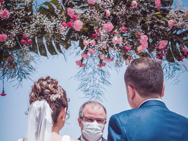 La boda de Borja y Emicel en Santa Cruz De Tenerife, Santa Cruz de Tenerife 17