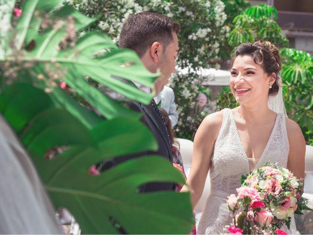 La boda de Borja y Emicel en Santa Cruz De Tenerife, Santa Cruz de Tenerife 20