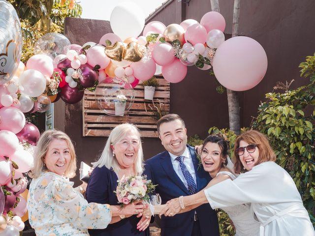 La boda de Borja y Emicel en Santa Cruz De Tenerife, Santa Cruz de Tenerife 30