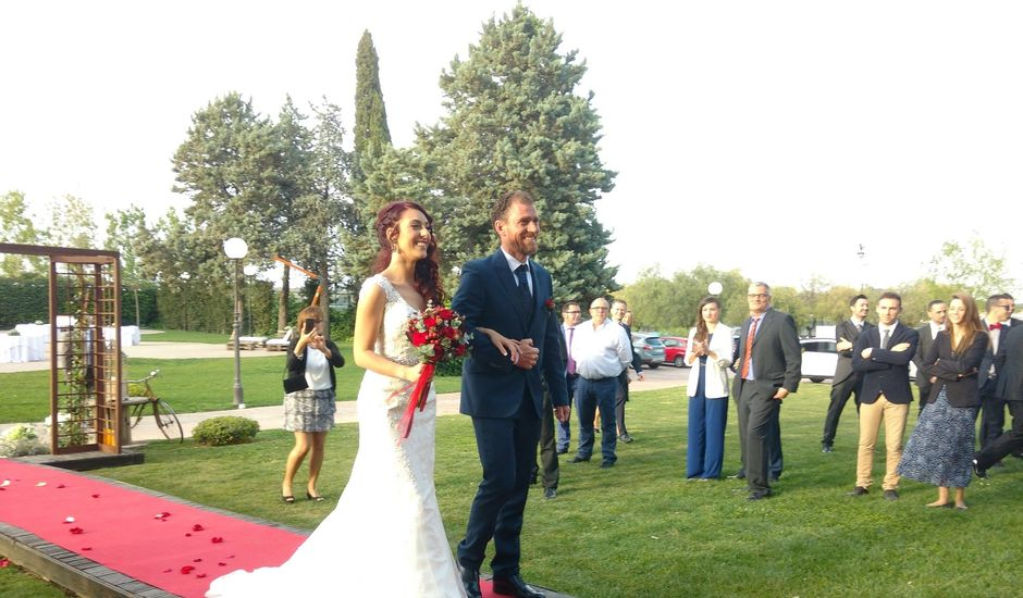 La boda de Emilio y Sheila  en Chiva, Valencia